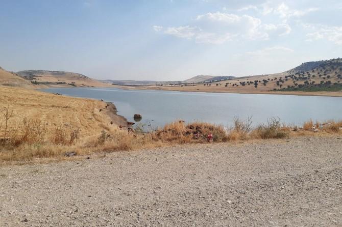 Mazıdağı'nda gölete giren genç boğuldu
