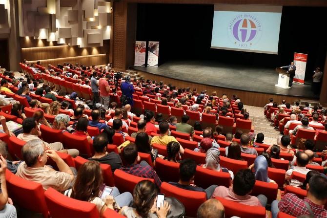 Gaziantep'te tasarım beceri atölyesi kursiyerleri sertifikalarını aldı