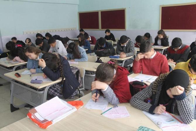 8. sınıf öğrencilerinin yüzde 16'sı dört işlem yapamıyor