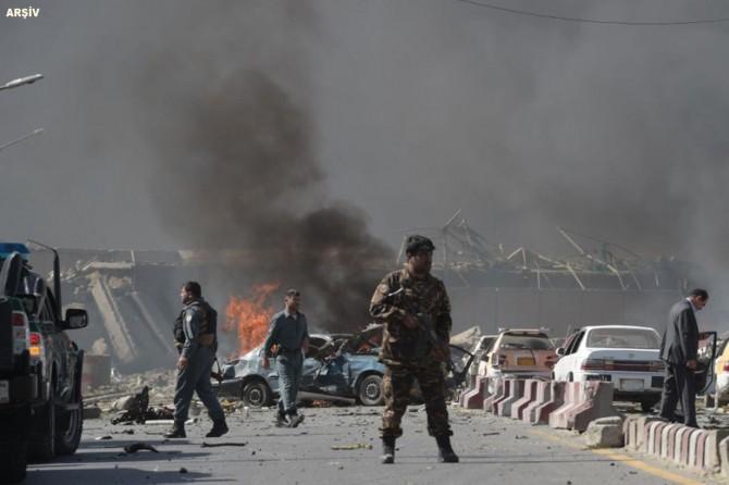 Afganistan'da bombalı saldırı: 12 ölü 49 yaralı