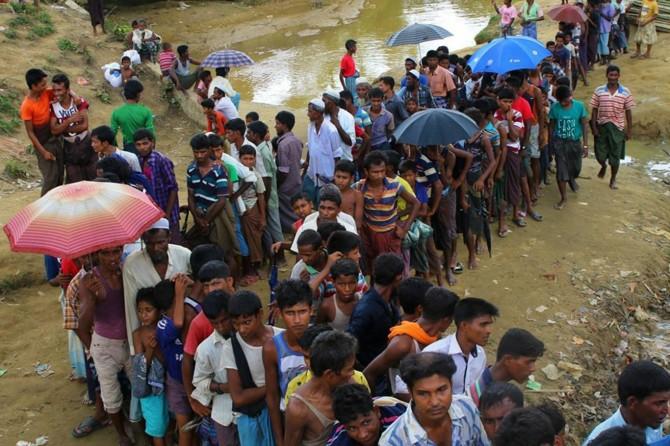 Muson yağmurları Arakanlı mültecileri olumsuz etkiliyor