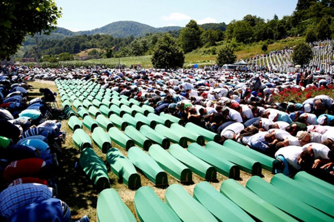 2. Dünya Savaşı sonrası yaşanmış en büyük soykırım: Srebrenitsa