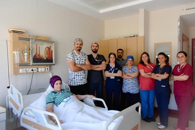 Mardin'de doğuştan kalça çıkıklığı olan hasta tedavi edildi