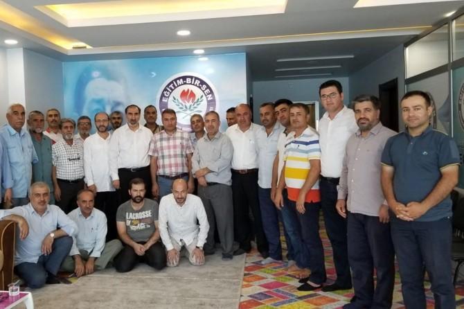 HÜDA PAR heyeti Bismil'de çeşitli ziyaretlerde bulundu