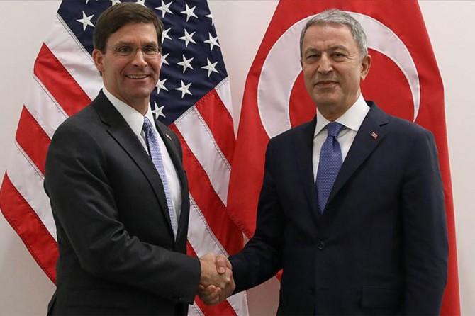 Bakan Akar ABD'li mevkidaşı ile görüştü