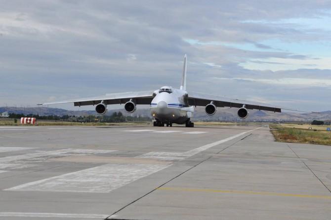 S-400 sevkiyatı sürüyor: 6. uçak da indi