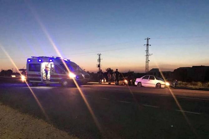 Nizip'te iki otomobil kafa kafaya çarpıştı: 4 yaralı