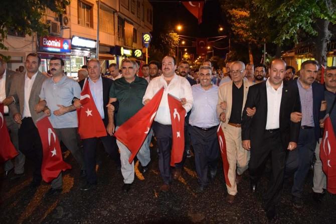 Viranşehir'de 15 Temmuz şehitlerini anma programı düzenlendi