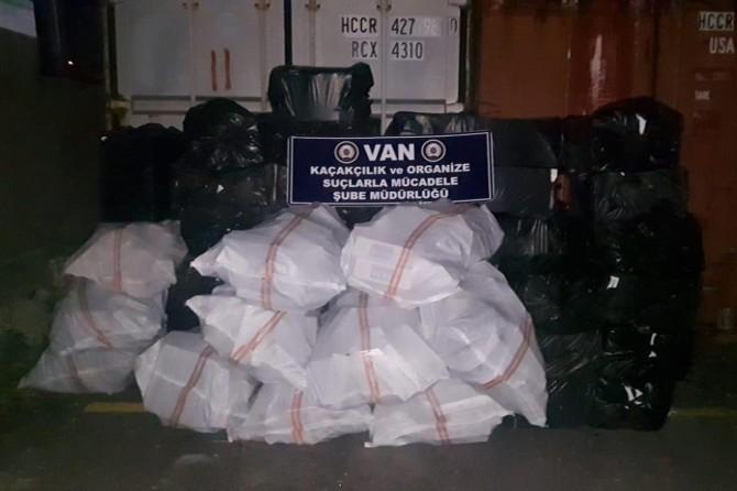 Van'da 34 bin 400 paket kaçak sigara ele geçirildi