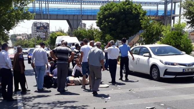 Adıyaman'da yolcu otobüsüyle motosiklet çarpıştı: 1 yaralı