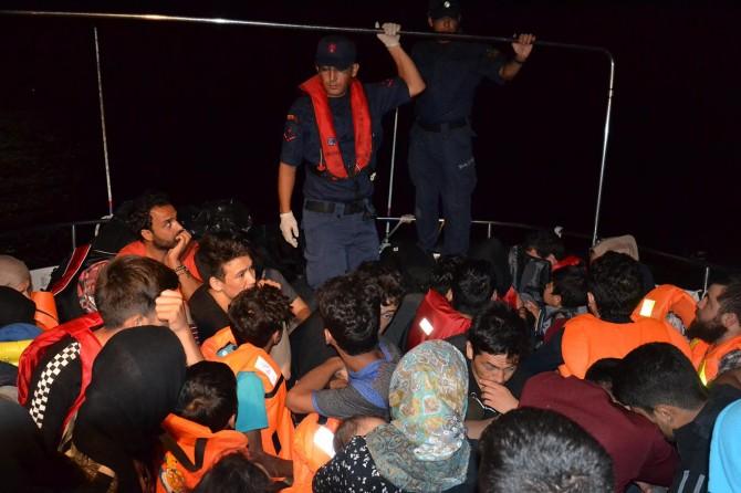 43'ü çocuk 99 göçmen yakalandı