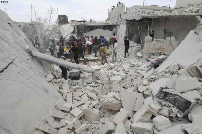 İdlib'te hava saldırısı: 19 ölü