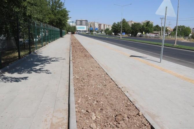 Diyarbakır Bağlar Karacadağ Bulvarı'ndaki yollar yenilendi