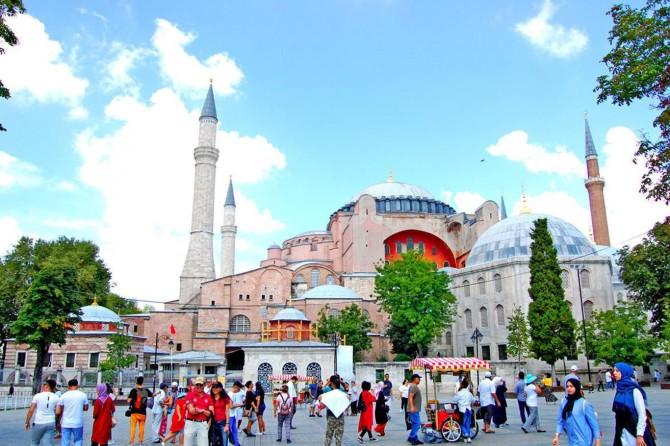 Turizm geliri yüzde 13 arttı