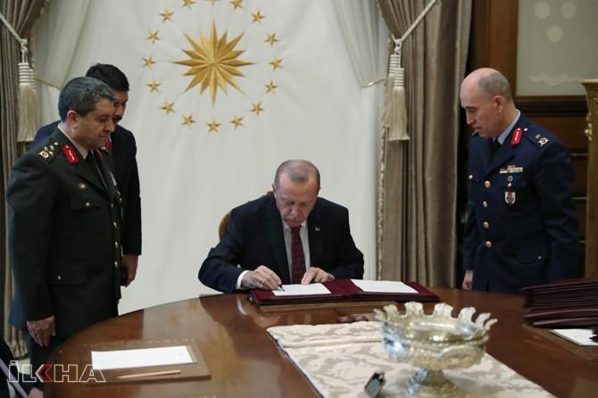 President Erdoğan signs Supreme Military Council's decisions
