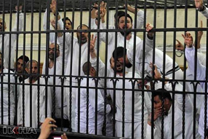 Nearly 3,000 people sentenced to death post-coup in Egypt