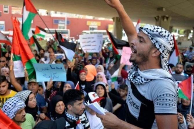 Berlin'de Filistinli mültecilere destek gösterisi düzenlendi