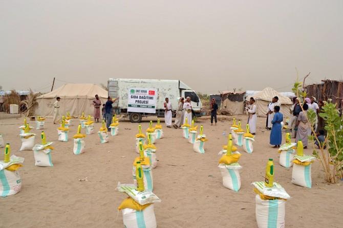 Umut Kervanı Yemen'de yardım çalışmalarına devam ediyor