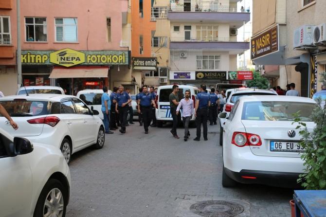 Şanlıurfa'nın Bahçelievler Mahallesi'nde taşlı sopalı kavga: 3 yaralı