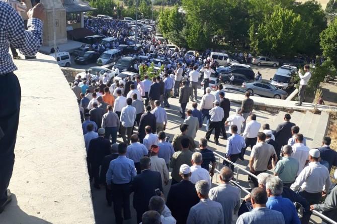 Eski Güroymak Belediye Başkanı Şeyh Hüseyin Mutlu toprağa verildi