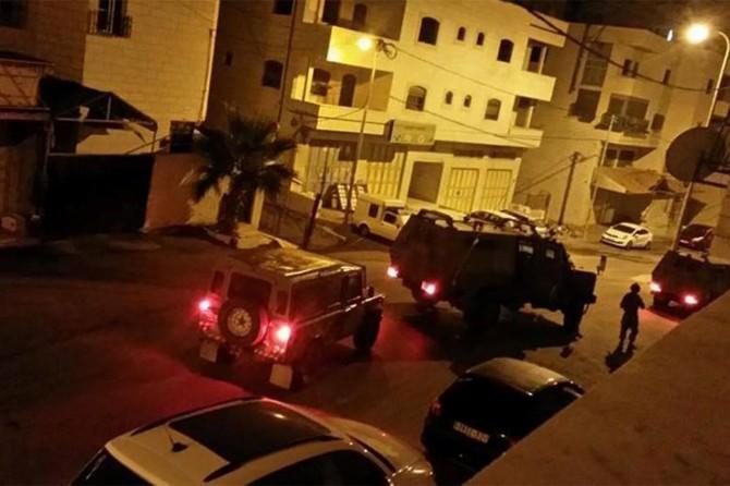 İşgalciler Kudüs ve çevresinden 23 Filistinliyi alıkoydu