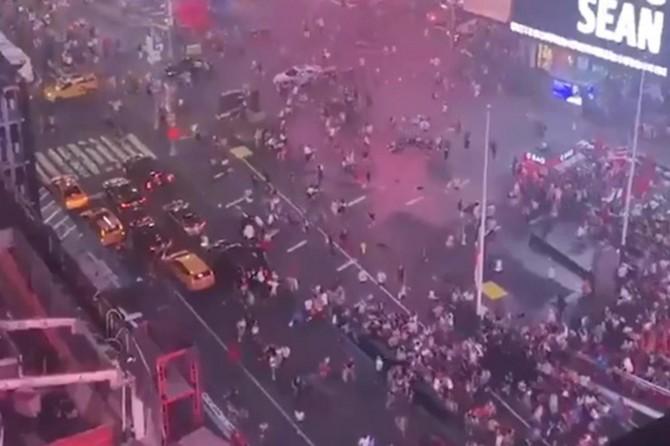 Egzoz patlamasını silahlı saldırı sanan ABD'lilerin büyük paniği