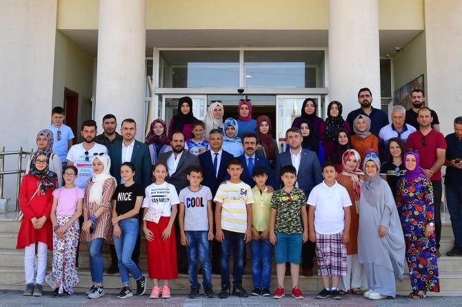 Diyarbakır Valisi Trabzonlu öğrencilerle buluştu