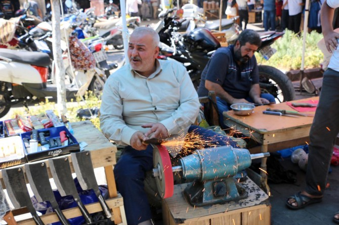 Şanlıurfa Bıçakçılar Çarşısında Kurban Bayramı yoğunluğu