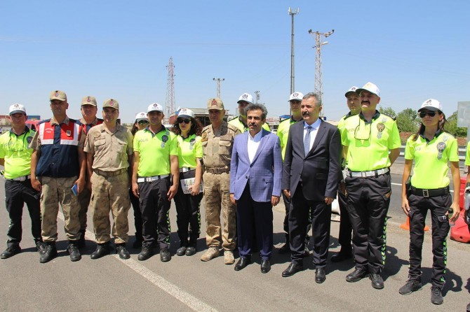 Diyarbakır'da bayram trafiğinde bin 780 personel görevlendirildi