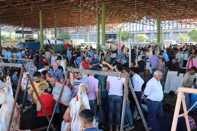 Gaziantep Umut Kervanı kurban kesimlerini gerçekleştirdi