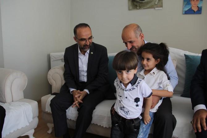 HÜDA PAR Genel Başkanı Sağlam'dan şehid ailelerine ziyaret