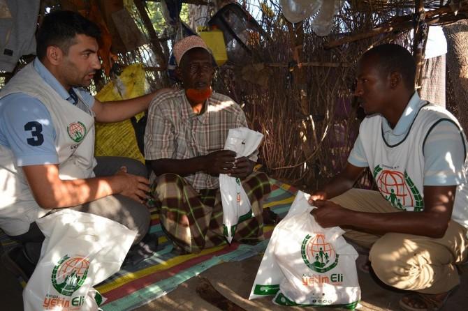 Li Kenyayê ji malbatên mezlûm û mexdûr re goştê qurbanan hat belavkirin