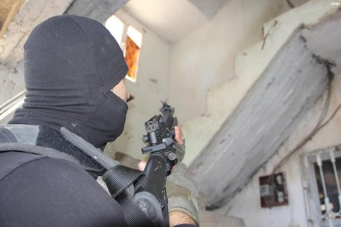 Mardin ve ilçelerinde PKK operasyonu: 11 gözaltı