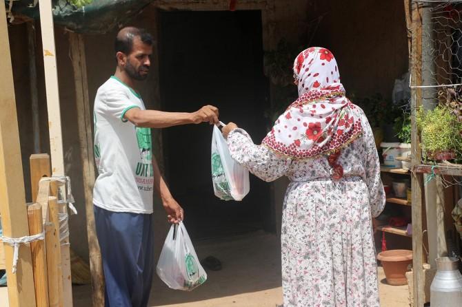 Umut Kervanı Mardin'de 560 ailenin yüzünü güldürdü