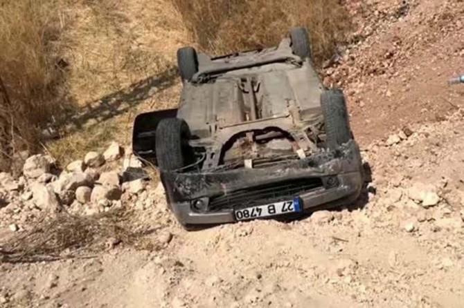 Nizip'te otomobil şarampole devrildi: 8 yaralı
