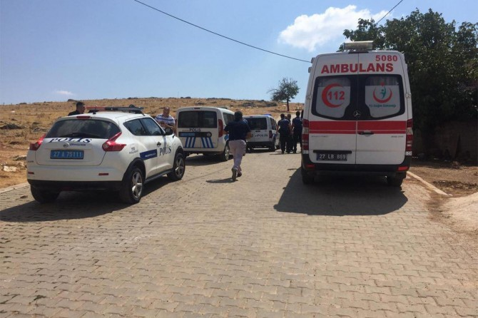 Gaziantep Büyükpınar'da komşular arasında kavga: 4 yaralı 4 gözaltı
