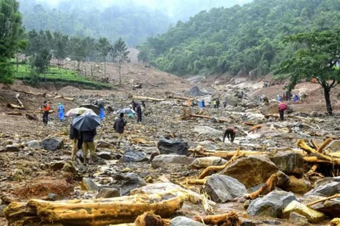 Li Hindistanê lehî: 350 mirî