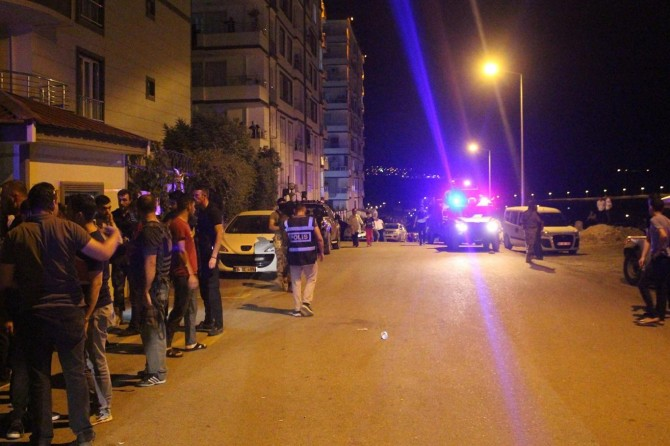 Siirt'te kadınların tartışmasına dahil olan erkekler arasında kavga: 4 yaralı