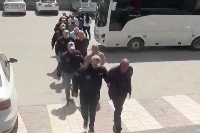 Li dijî xebatkarên Şaredarîya Bajêra Mezin a Wanê operasyon: 9 binçavî