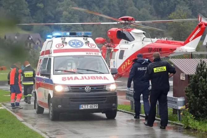 Peş peşe yıldırım düştü: 5 ölü 100 yaralı