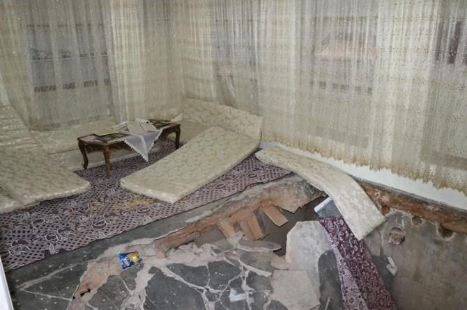 Gaziantep'te göçüğün meydana geldiği eve giriş yasaklandı