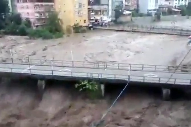 One person killed in a flood in Samsun