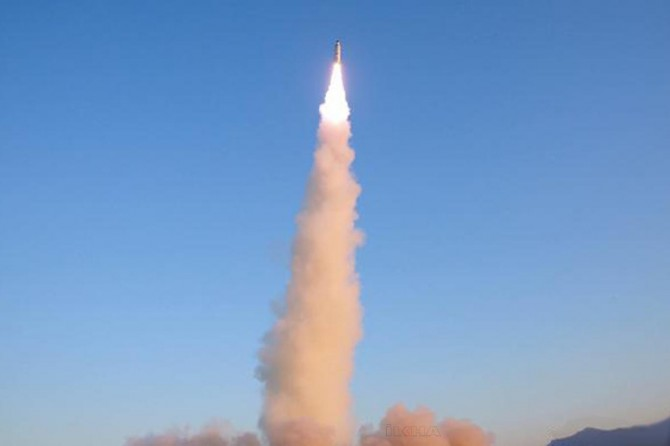 Kuzey Kore'den, yeni 'süper büyük' çoklu füze fırlatma sistemi