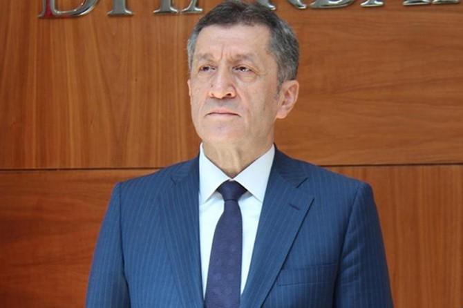 """Bakan Selçuk'tan """"özel okul"""" açıklaması"""