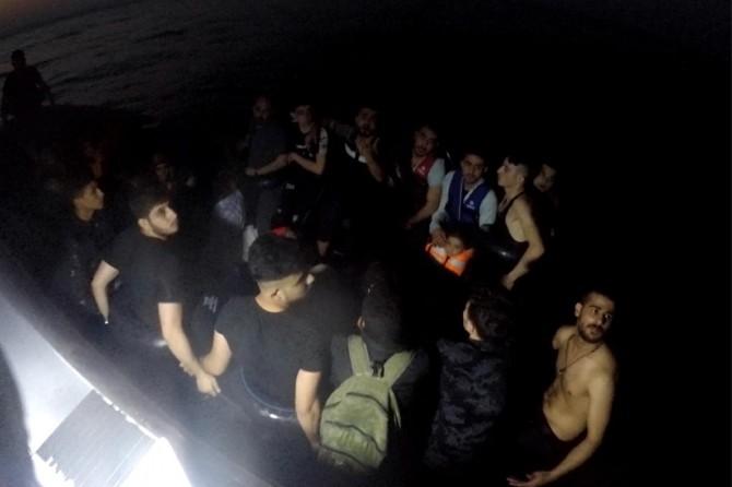 59'u çocuk 155 düzensiz göçmen yakalandı