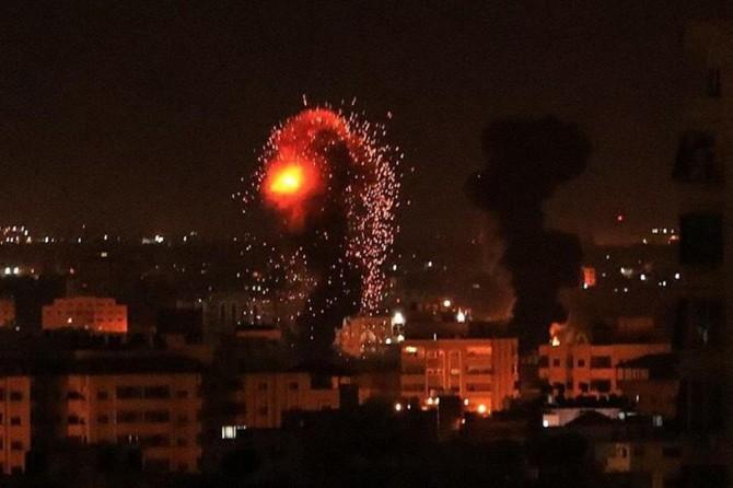 İşgalciler helikopterlerle Gazze'yi vurdu