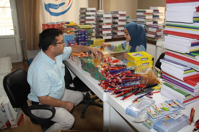 Orphans Foundation to distributes stationery aid packages