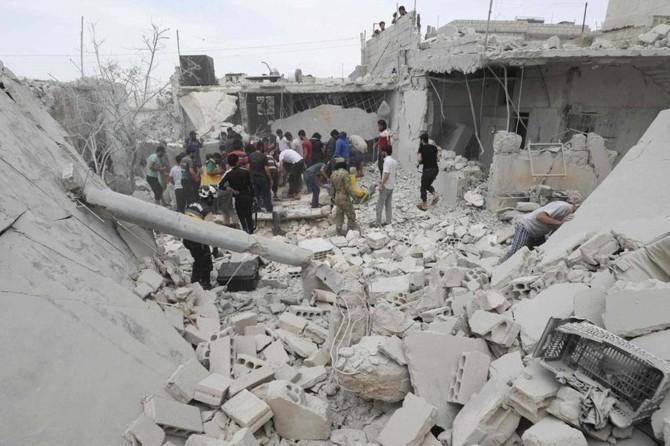 Suriye rejimi ilan ettiği ateşkese rağmen İdlib'e saldırmaya devam ediyor