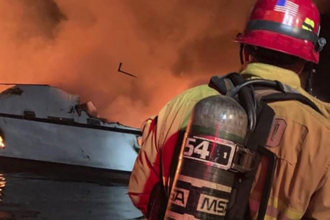 ABD'de dalış teknesinde yangın: 25 ölü