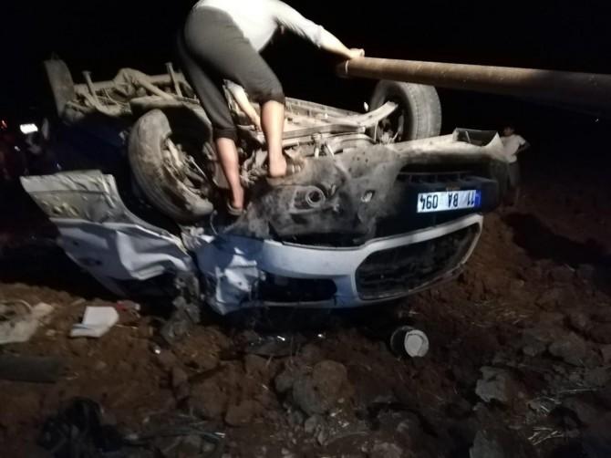 Nusaybin'de minibüs şarampole yuvarlandı: 5 yaralı